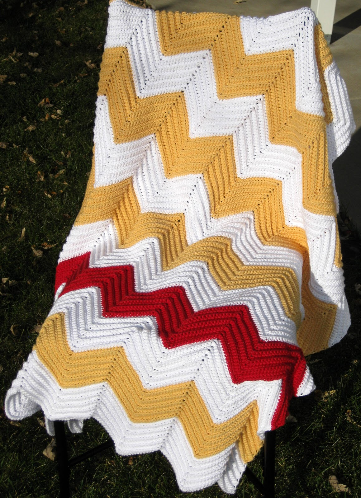 107 Chevron Blanket