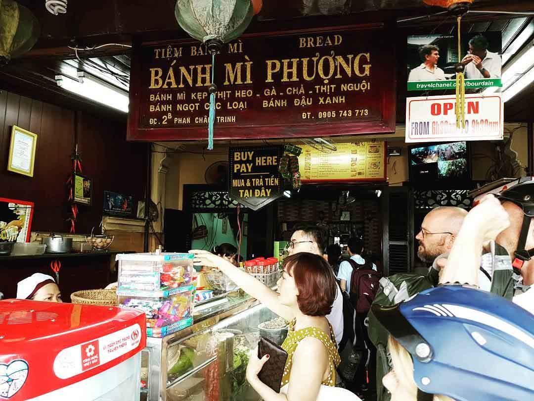 El mejor sándwich del mundo es el banh mi vietnamita. Donde venden el mejor sándwich del mundo. Como se llama el  sándwich más sabroso del mundo. Bánh mì phượng local.