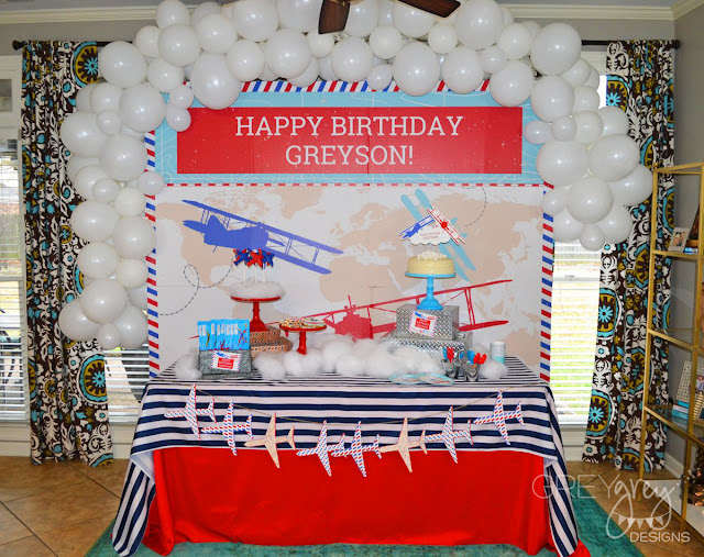 #airplane #timeflies #airplaneparty #shindigz #greygreydesigns #birthdayparty