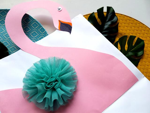 flaming DIY - flamingo DIY - flaming prace plastyczne - kreatywnie z dzieckiem - flaming z papierowego talerzyka - flaming obrazek - flaming torebka na prezenty - do it yourself - flaming zakładka