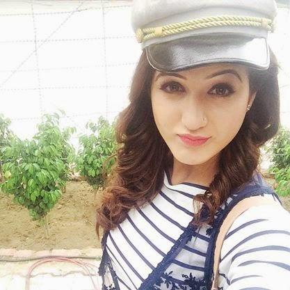 , Punjabi Actress Facebook Profile Photos - Isha Rikhi