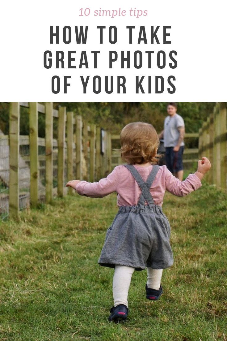 10 tips on how to take great photos of your kids. This photography tutorial post is great for any parent that wants to take better pictures of their child, no matter what camera they use and is suitable for amateurs.