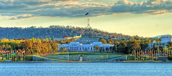 Pour votre voyage Canberra, comparez et trouvez un hôtel au meilleur prix.  Le Comparateur d'hôtel regroupe tous les hotels Canberra et vous présente une vue synthétique de l'ensemble des chambres d'hotels disponibles. Pensez à utiliser les filtres disponibles pour la recherche de votre hébergement séjour Canberra sur Comparateur d'hôtel, cela vous permettra de connaitre instantanément la catégorie et les services de l'hôtel (internet, piscine, air conditionné, restaurant...)