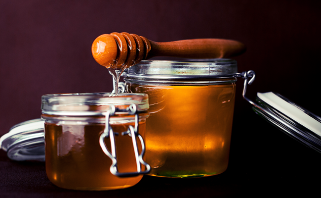 https://www.pexels.com/photo/spoon-honey-jar-glass-8257/