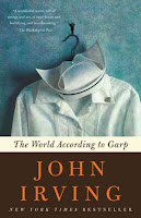 book-reading-novel-johnirving-garp