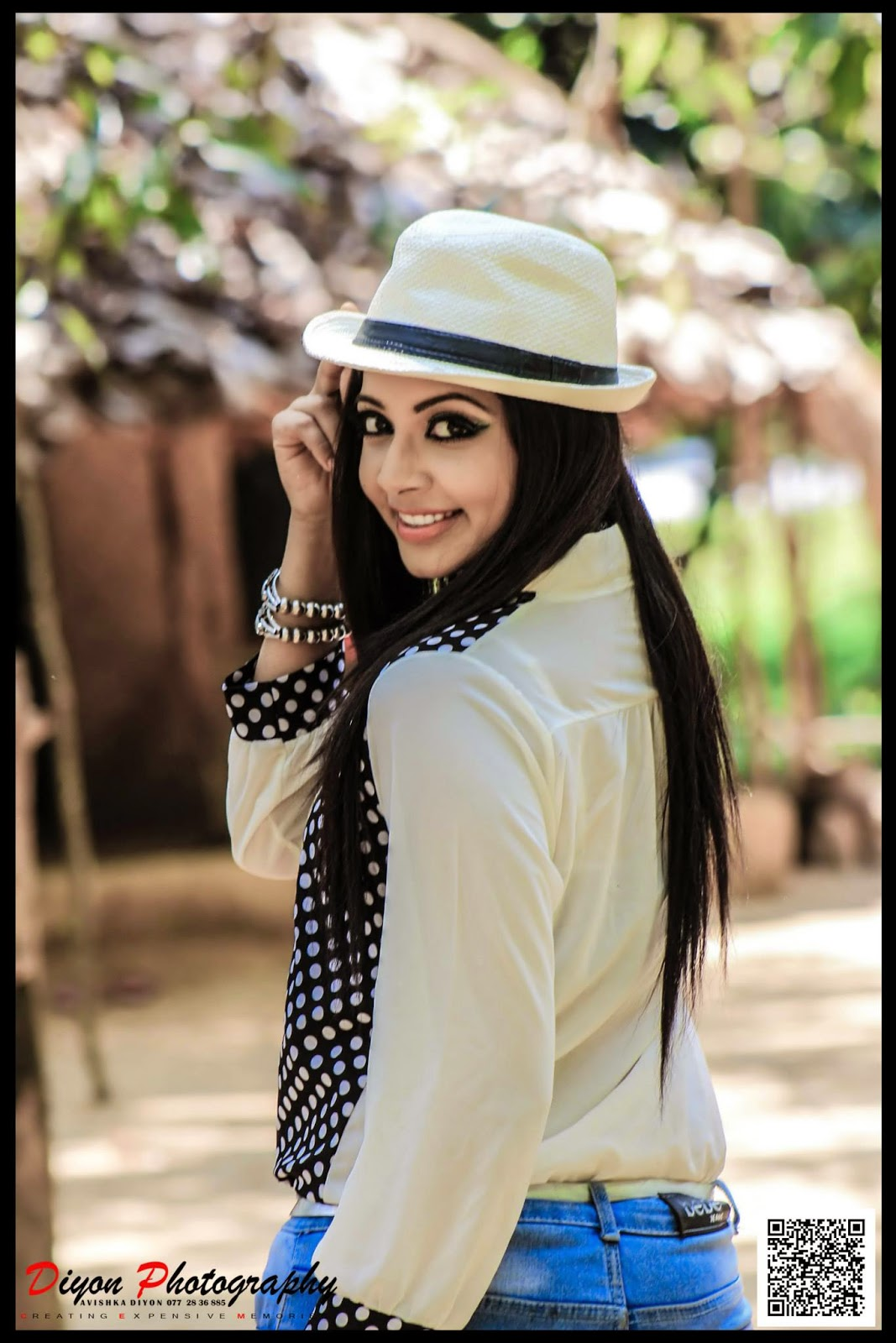 SRI LANKAN TASTE Fashion Magazine: Sexy Sri Lankan Model