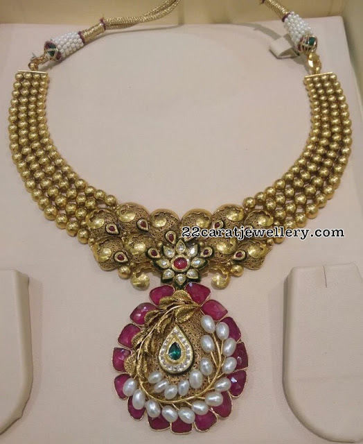 Gold Balls Antique Choker Ruby Locket