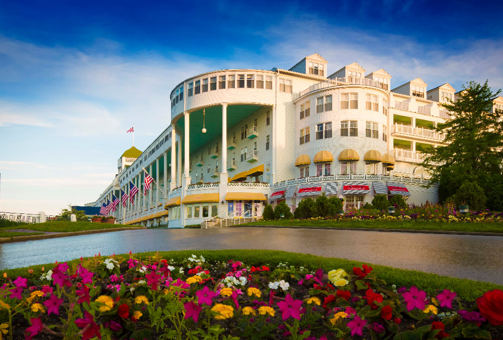 mackinac island middle eastern singles $2199 single  $1619 triple pp  and on mackinac island there are many wonderful restaurants to choose from  east windsor, ct 06088 toll free: 800-426-4324.