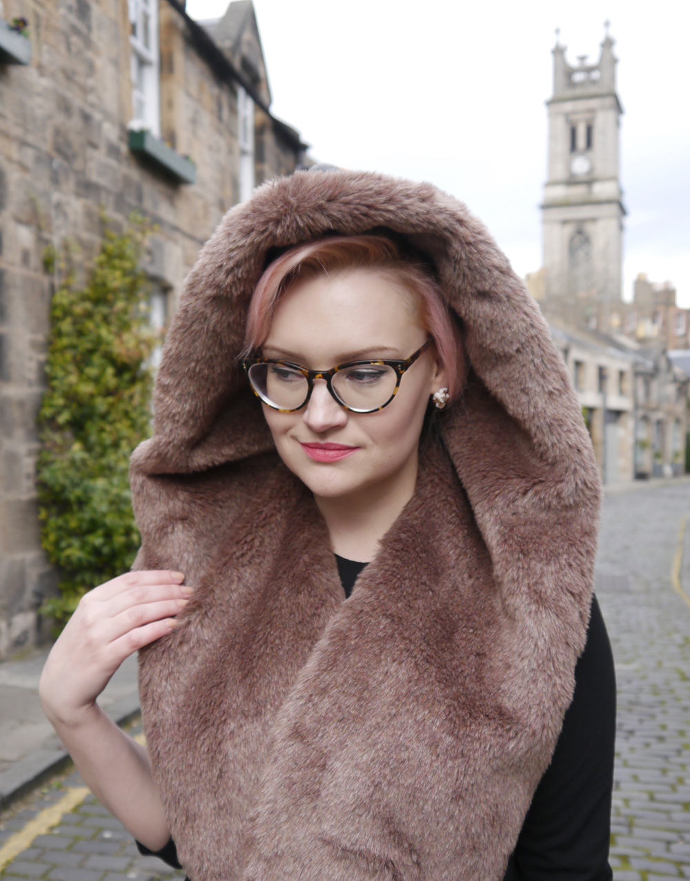 limited edition Chouchou Hollywood hood, #HOODSTYLIN, #HOODGIRLS, Dione Bowlt ceramic earrings, Stockbridge best streets, Edinburgh street style, natural light blog photography, candyfloss hair DIY, IOLLA Muir glasses in tortoise shell