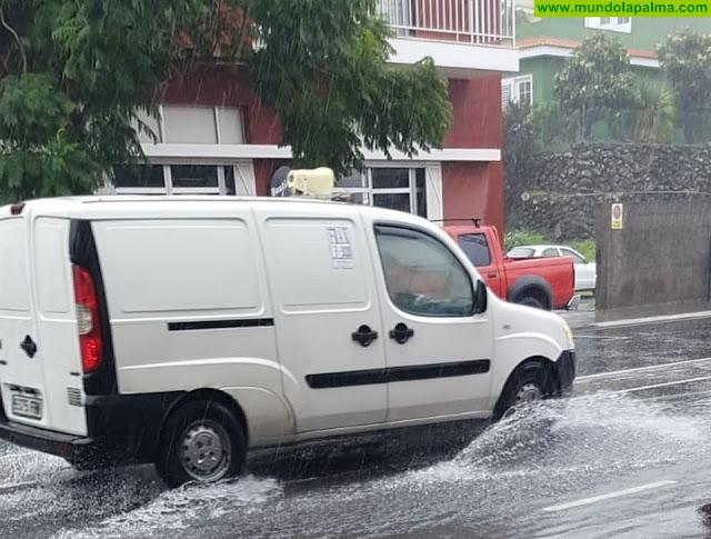 El PP pide soluciones para los enormes charcos en la Avenida Islas Canarias de El Paso