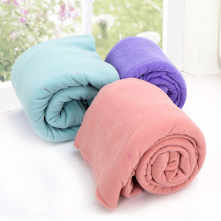 Chăn nỉ cao cấp các màu hồng phấn, xanh ngọc, tím nhạt