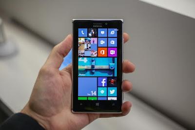 Hoàn thiện thay mặt kính cho Nokia Lumia 925