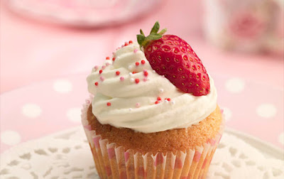 https://q-baci.tmwtest.co.uk/websites/Home/Recipes/Categories/Cupcakes/Strawberries-and-Cream-Cupcakes