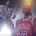"Assista ao clipe de ""Wassup Wid It"" do DJ Holiday com 2 Chainz"