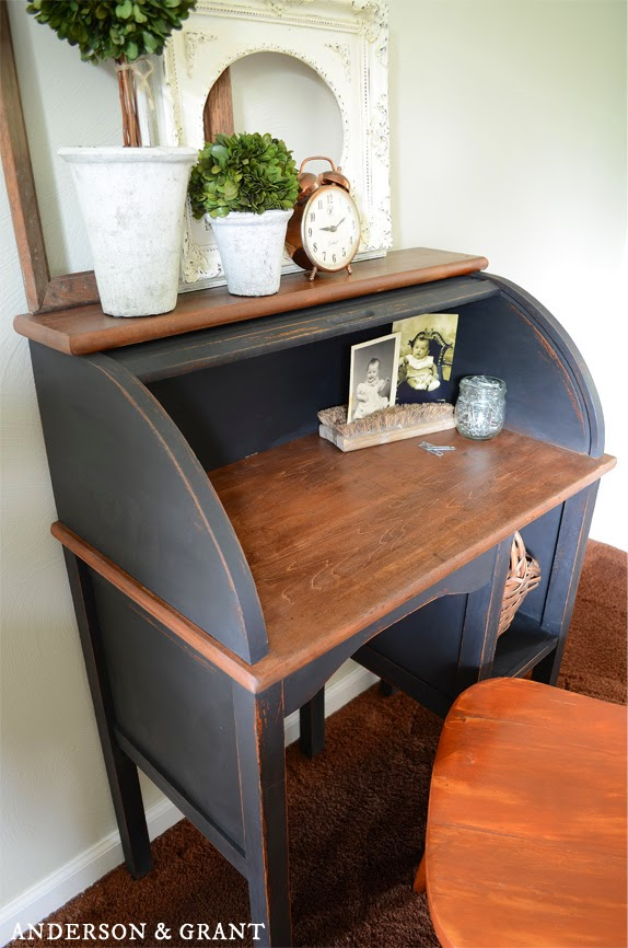 Pull up a chair and sit at this beautiful refurbished desk from Anderson & Grant!