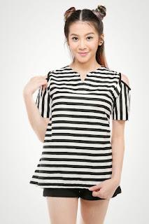 http://gatsuone.com/852-sachi-black-stripe.html