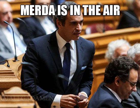 Merda no Parlamento – Merda is in the air!