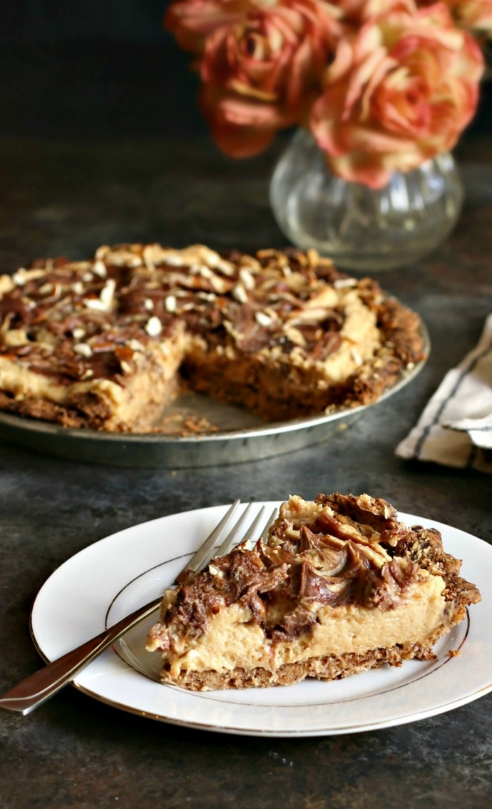 Peanut-Butter-Pie-with-Chocolate-Covered-Pretzel-Crust