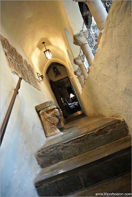 Pasillos Habitaciones de Invitados del Castillo Hammond, Gloucester