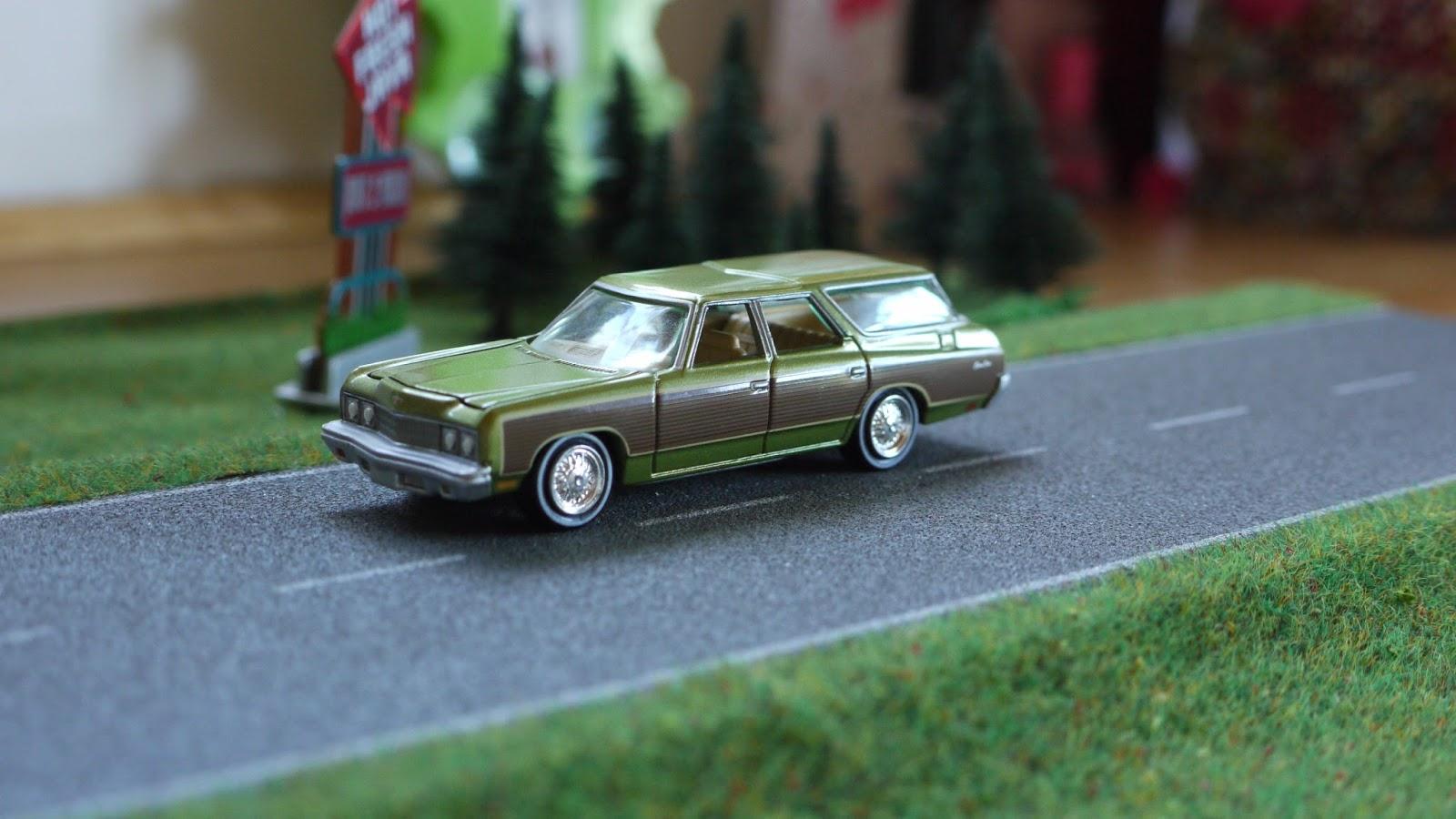 Diecast cars 1/64, Modellautos 1:64, Modellbilar 1:64: Chevrolet Caprice