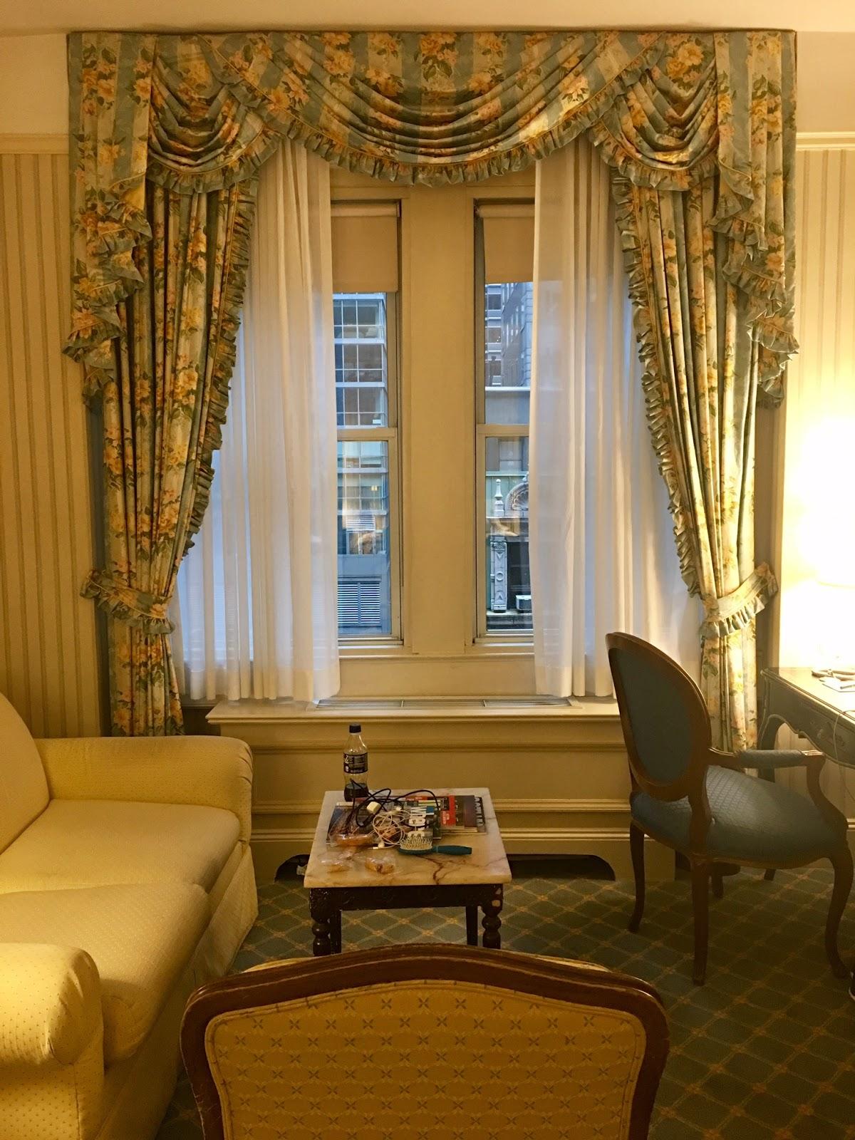 Hotel Elysee Room