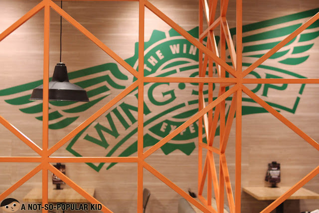 Falling in love with Wingstop of Glorietta Complex, Makati