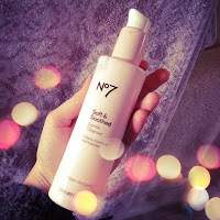 No7 Soft & Soothed Cleanser