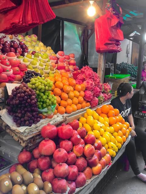 buah-buahan di petak sembilan