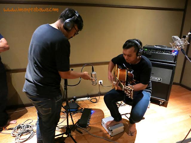 Workshop Neumann Cara Merekam Gitar