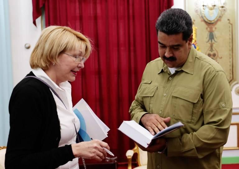 Ortega fue parte del chavismo y estuvo ligada al poder hasta su ruptura con Nicolás Maduro