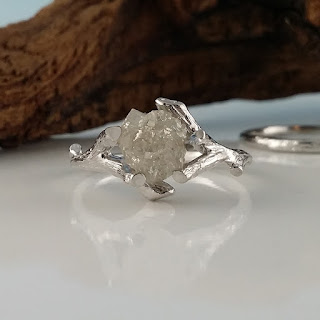 Raw Uncut Cruelty Free Diamond, 14k White Gold Alternative Bridal set, White Diamond, Diamond Engagement Ring, One-of-a-Kind Rough Diamond Engagement Ring, Raw Uncut Rough Diamond