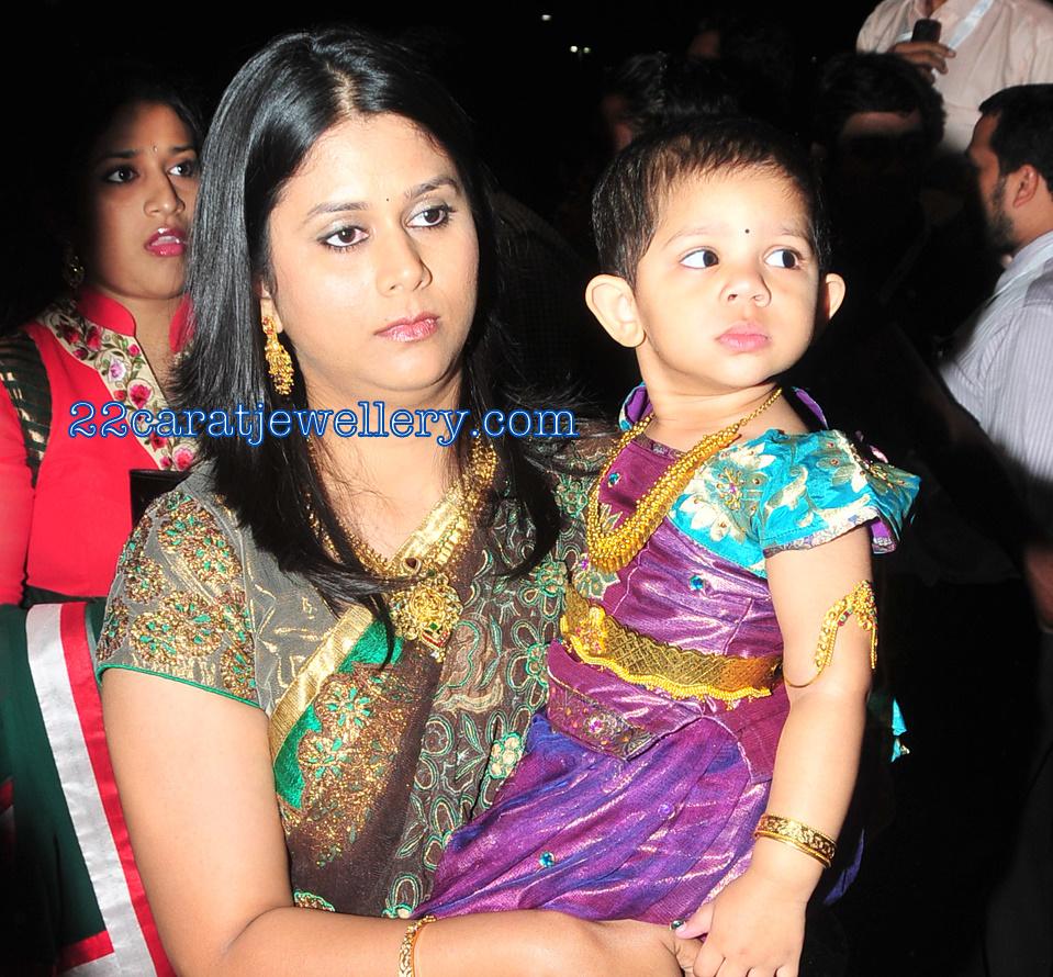 Allu Neelima Allu Aravind Elder Daughter In Law In Gold