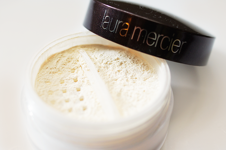 laura-mercier-mineral-powder-translucent