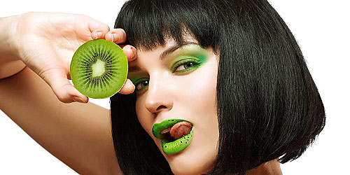 color de moda en maquillaje para 2017 verde greenery