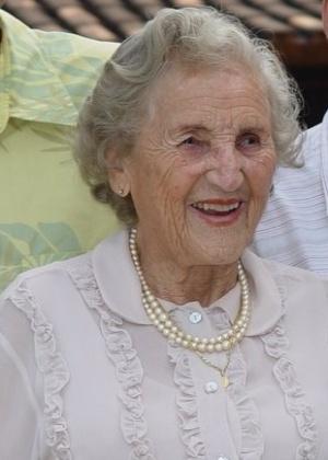Chames Salles Rolim, formada em Direito aos 97 anos.