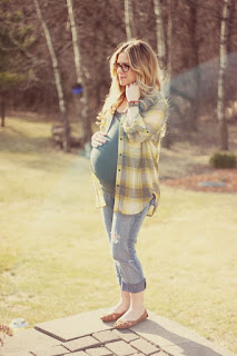 Pregnancy Fashion for Summer