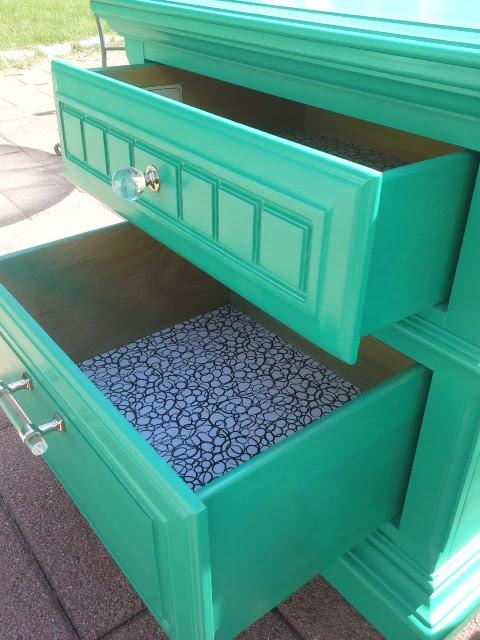 Green Nightstand set