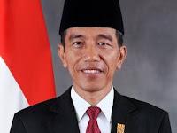Biografi singkat Presiden Ketujuh RI ( Ir. Joko Widodo )