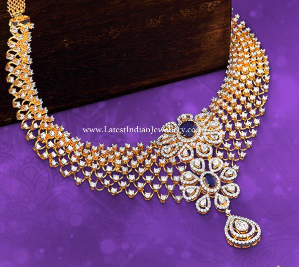 Flower Motifs Diamond Necklace