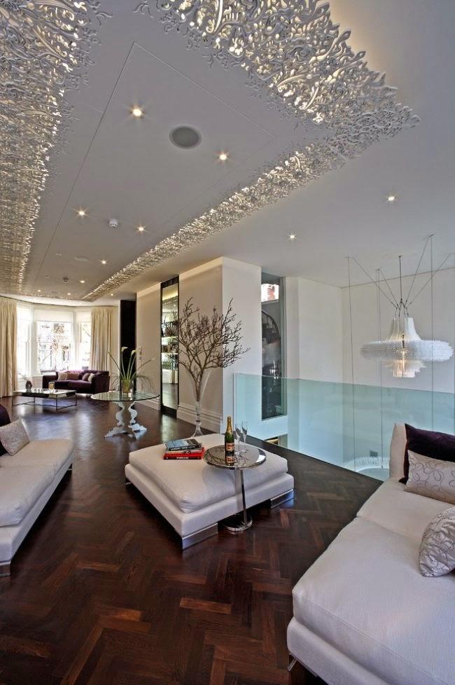 sala con techo elegante