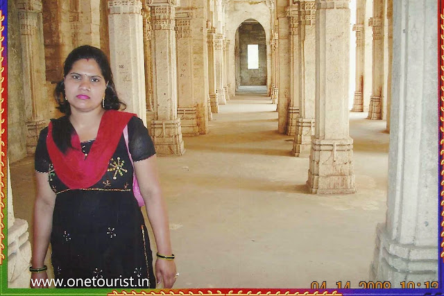 junagarh fort , buddhist caves , uperkot, gujrat