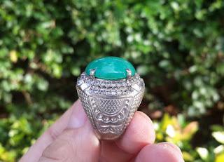 Bacan Palamea Indah Body Glass Berminyak Serat Halus Size Kantoran BC025