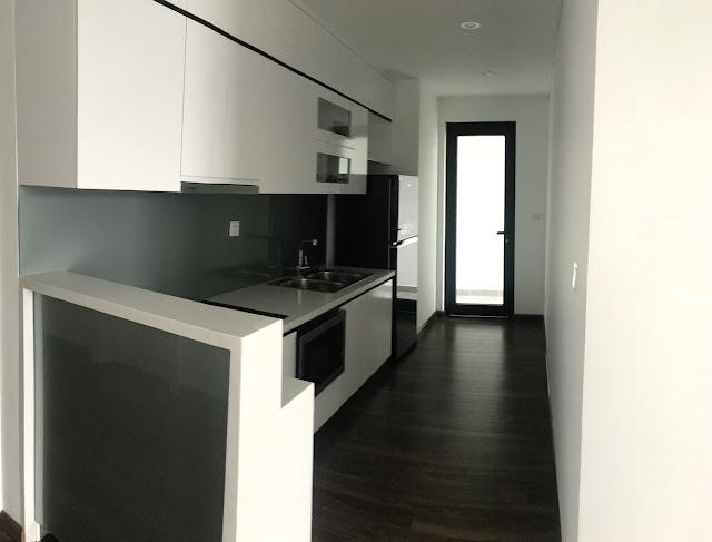 Không gian bếp được hoàn thiện kỹ càng bên trong căn hộ Eco City