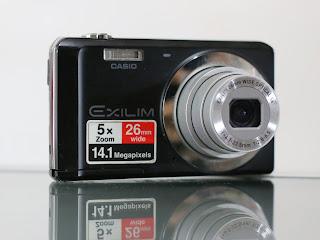 Kamera Casio Exilim 14.1 MegaPixels