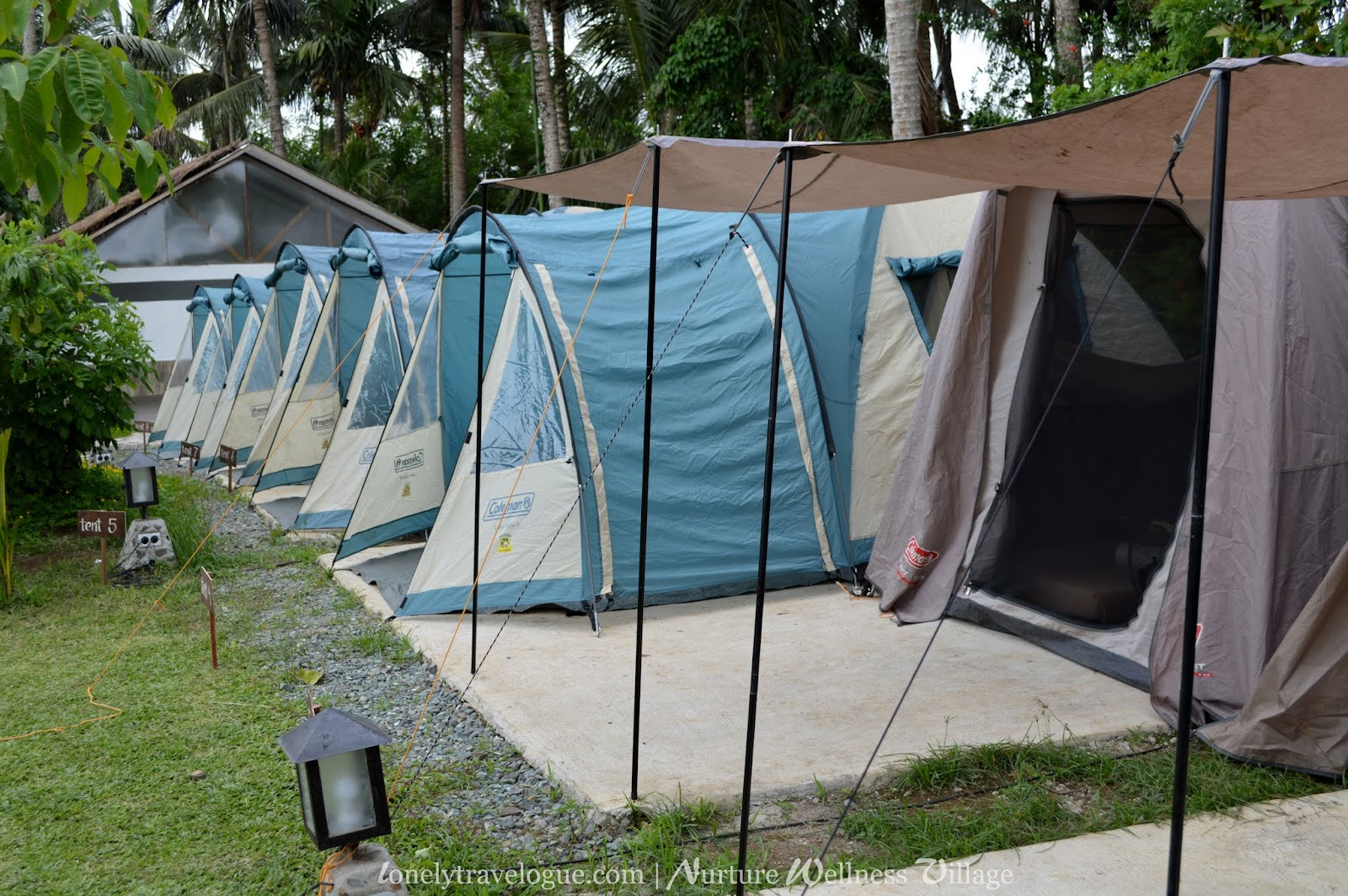 Shower and bathrooms & Lonely Travelogue: WHERE TO STAY IN TAGAYTAY: Nurture Wellness ...