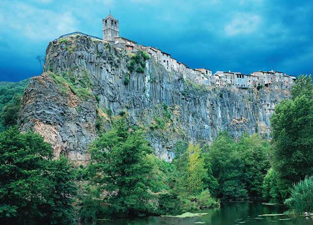 Castellfollit de la Roca - Espanha