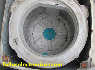 Cómo quitar tina endurecida de lavadora