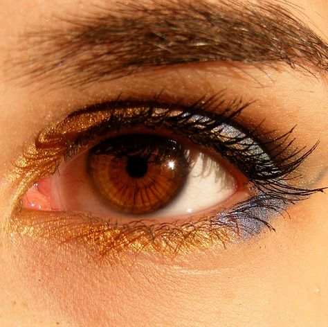 Six daily habits that are dangerous to the human eyes