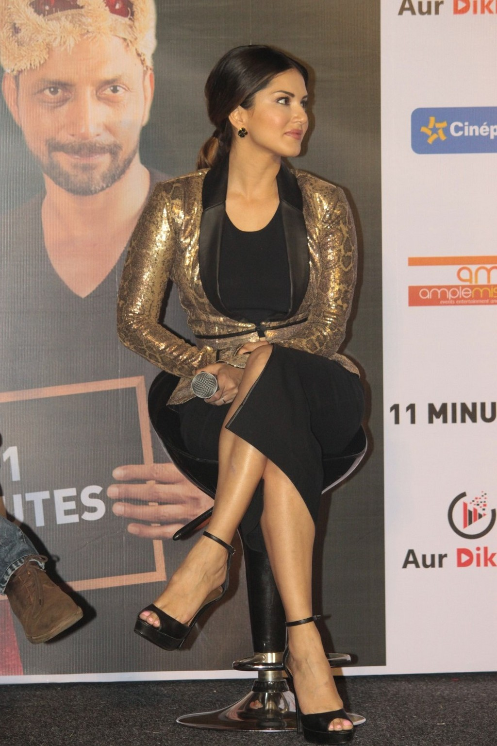 Bollywood Actress Sunny Leone Hot Legs Thigh Show Photos In Black Dress