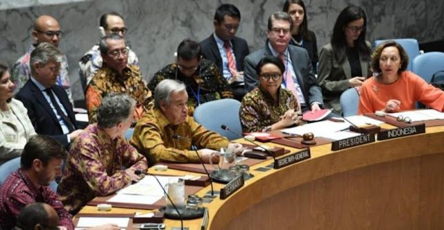 Indonesia Pimpin Sidang DK PBB, Banyak Peserta Kenakan Batik